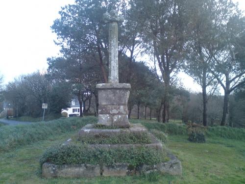 Chapelle S. Nicodème-Croix 4.JPG