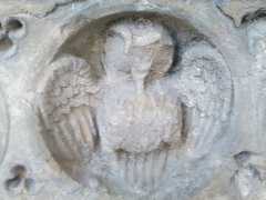 Cathédrale Notre-Dame de Sées, Bestiaire, Triple visage